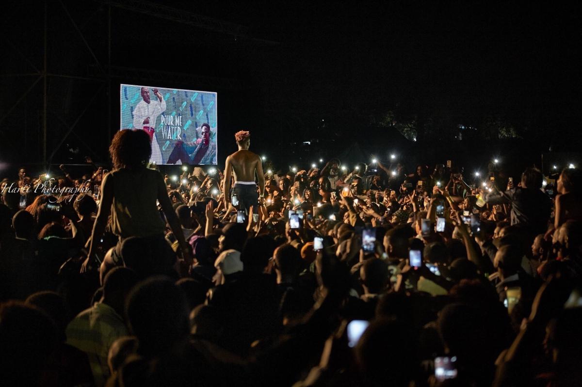 Happy Boy Tour: An Eazi 10Up